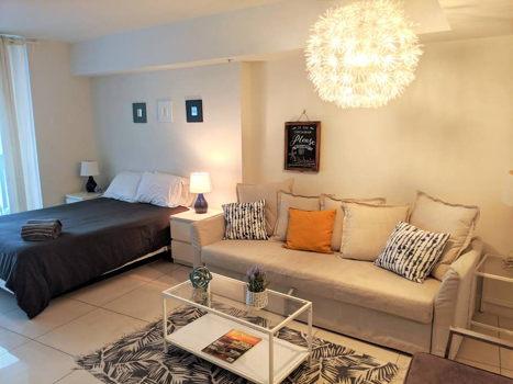 Picture 1 of 1 bedroom Condo in Miami