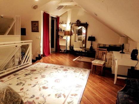 Picture 3 of 1 bedroom Loft in Berkeley