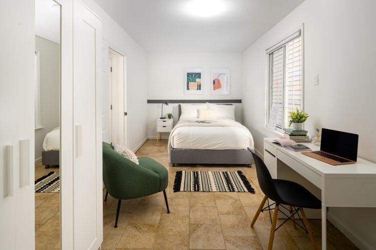 Bedroom v3l2vf photo thumbnail