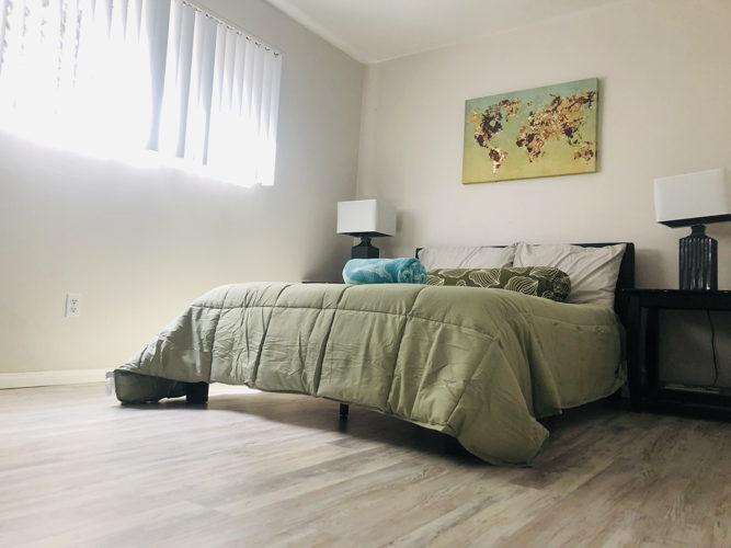 Bedroom eqjh5k photo thumbnail