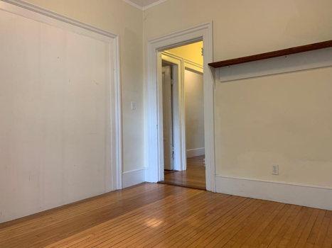 Picture 3 of 4 bedroom Apartment in Cambridge