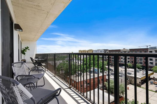 Picture 30 of 2 bedroom Apartment in Houston