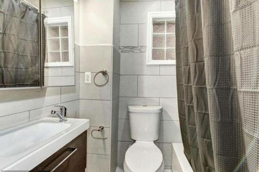 Picture 8 of 1 bedroom Condo in Washington