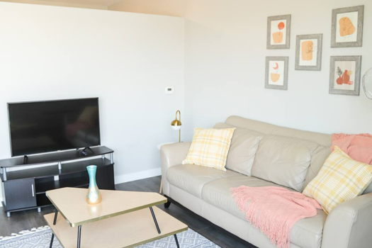 Picture 2 of 1 bedroom Apartment in Des Moines