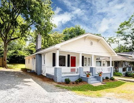 Picture 1 of 3 bedroom House in Charlotte