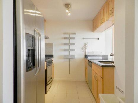 Picture 14 of 3 bedroom Condo in Queens