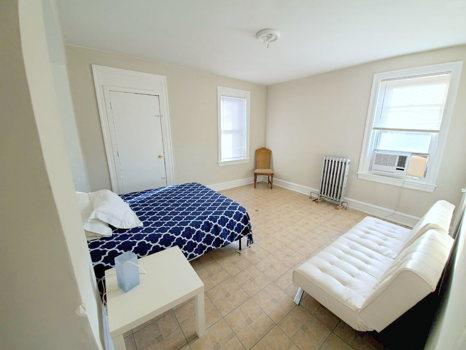 Picture 9 of 3 bedroom Apartment in Philadelphia