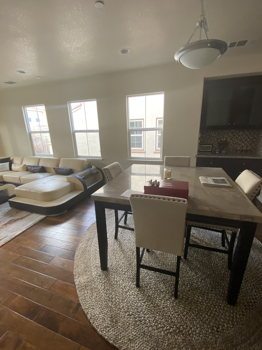 Picture 2 of 3 bedroom Townhouse in Mountain View