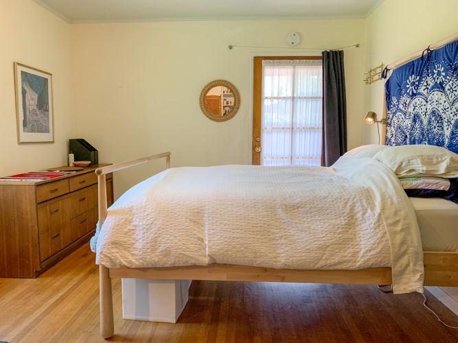 Bedroom vsq81p photo thumbnail