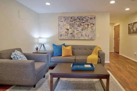 Picture 1 of 3 bedroom Apartment in Arlington