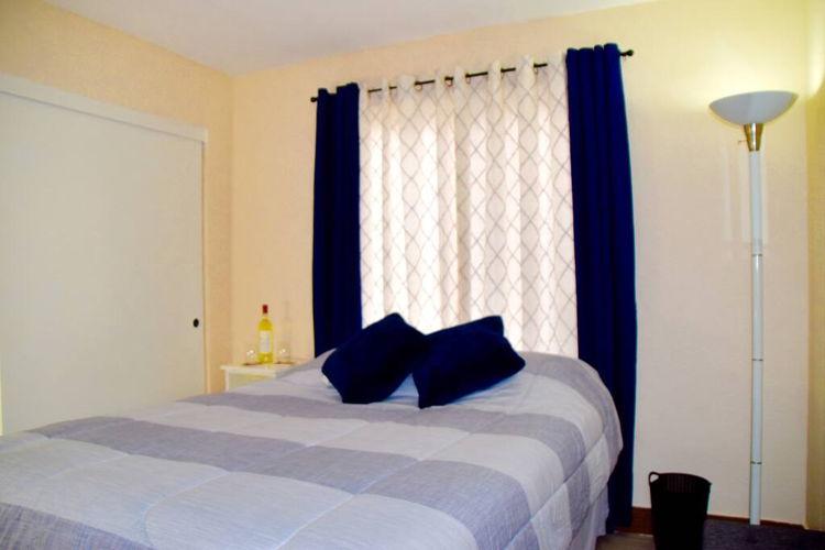 Bedroom ijmde photo thumbnail