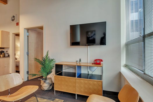 Picture 2 of 2 bedroom Apartment in Chicago