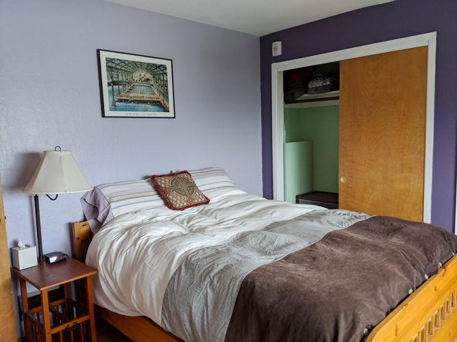 Bedroom cocnnt photo thumbnail