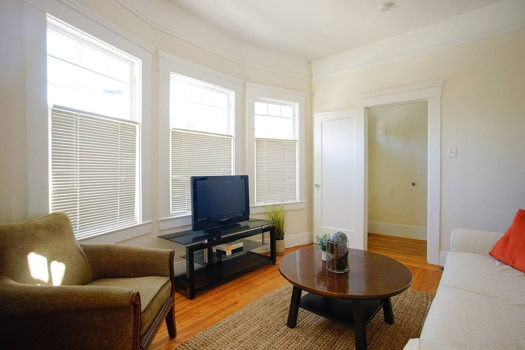 Picture 3 of 2 bedroom House in San Francisco