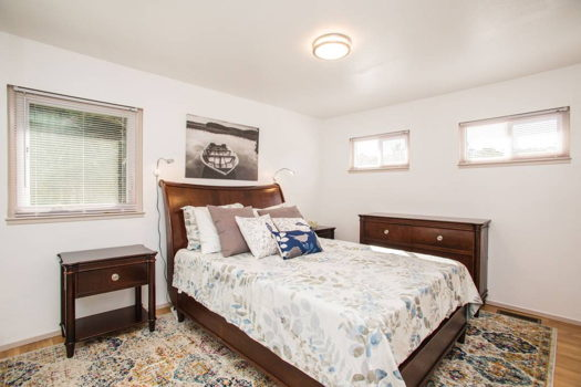 Picture 11 of 4 bedroom House in San Bruno
