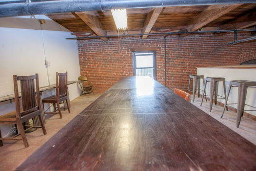Picture 15 of 1 bedroom Loft in Los Angeles