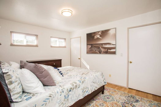 Picture 12 of 4 bedroom House in San Bruno