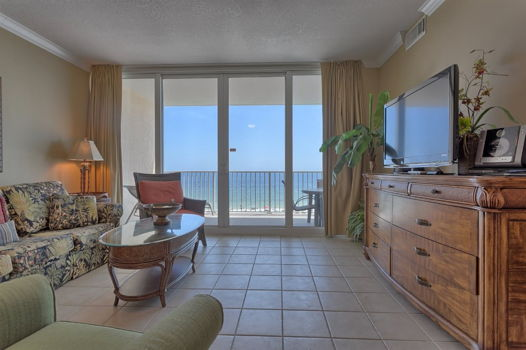 Picture 1 of 3 bedroom Condo in Gulf Shores
