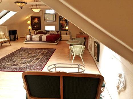 Picture 2 of 2 bedroom Apartment in Berkeley