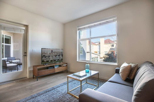Picture 1 of 2 bedroom Apartment in San Mateo