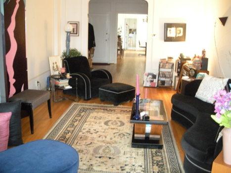 Picture 3 of 2 bedroom Condo in Washington