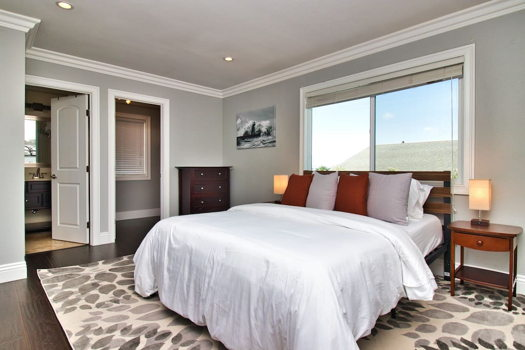 Picture 5 of 4 bedroom House in San Bruno