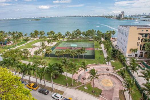 Picture 14 of 1 bedroom Condo in Miami