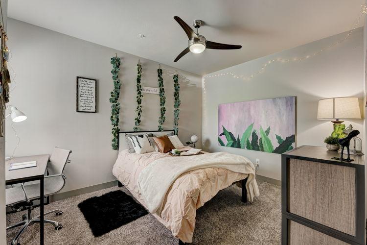 Bedroom 6t0c3t photo thumbnail