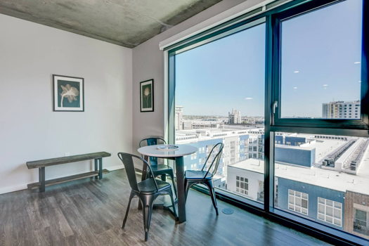 Picture 20 of 3 bedroom Apartment in Denver