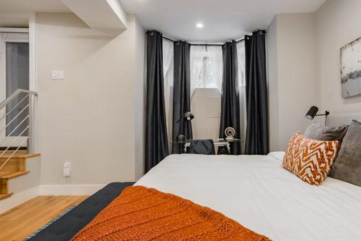 Picture 4 of 3 bedroom Condo in Washington