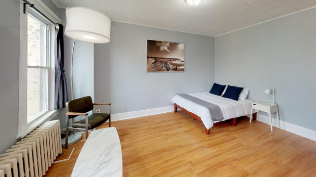 Picture 8 of 4 bedroom Apartment in Jersey City