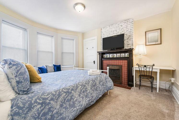 Bedroom 2ccd2z photo thumbnail
