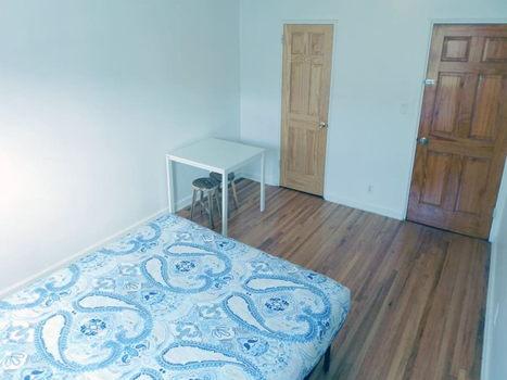 Picture 19 of 3 bedroom Apartment in Queens