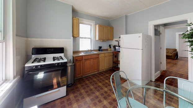 Picture 12 of 4 bedroom Apartment in Jersey City
