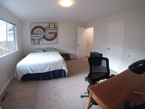 Picture 3 of 3 bedroom Apartment in Palo Alto