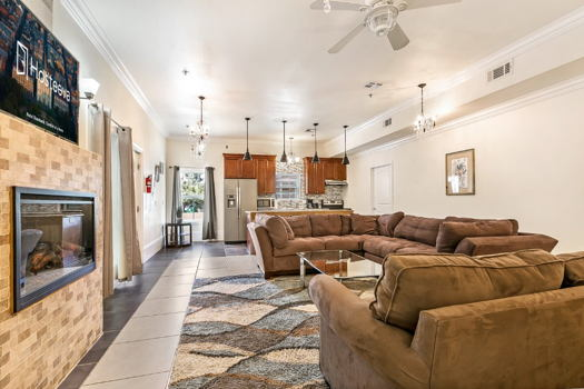 Picture 1 of 4 bedroom Condo in New Orleans