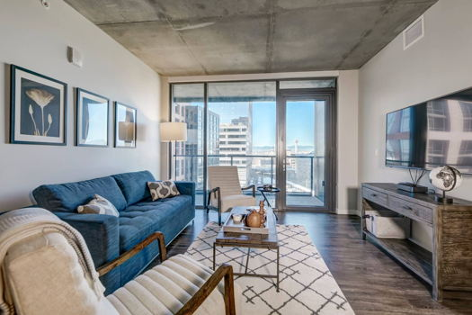 Picture 15 of 3 bedroom Apartment in Denver