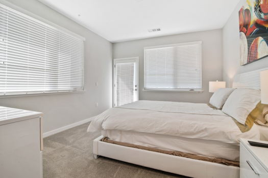 Picture 4 of 2 bedroom Apartment in Menlo Park