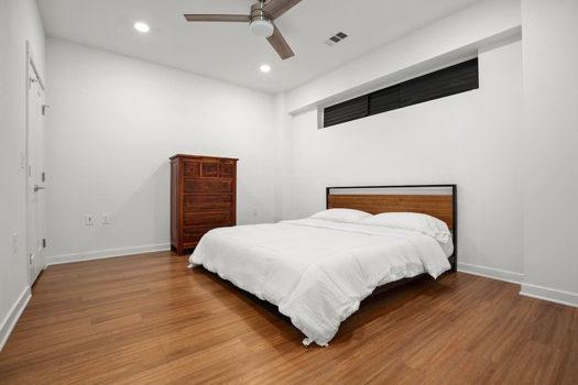 Picture 4 of 2 bedroom Condo in Austin