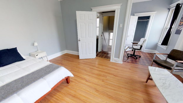 Picture 7 of 4 bedroom Apartment in Jersey City