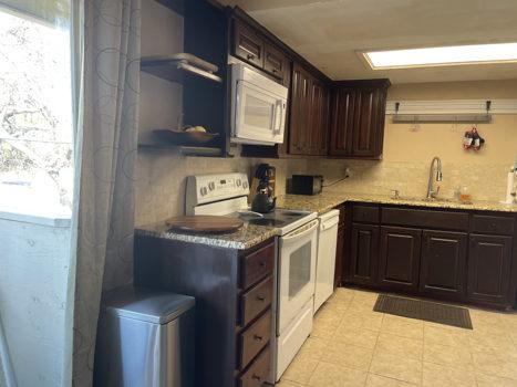Picture 1 of 2 bedroom Condo in Dallas