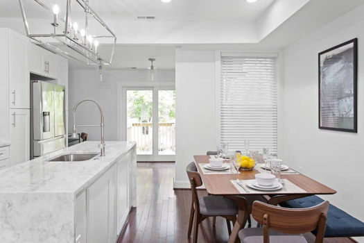 Picture 1 of 3 bedroom Townhouse in Washington