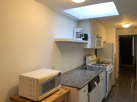 Picture 10 of 2 bedroom Apartment in New York