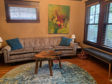 Picture 1 of 2 bedroom House in Seattle