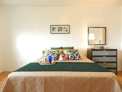 Picture 10 of 3 bedroom Townhouse in Queens