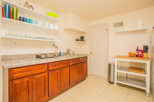 Picture 10 of 1 bedroom House in San Bruno