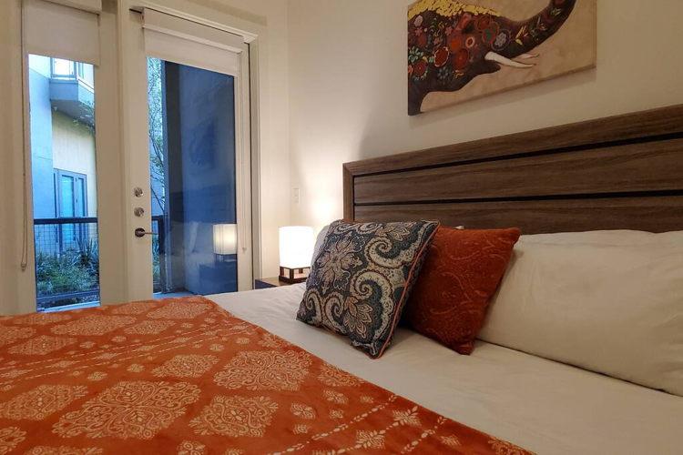 Bedroom n03y25 photo thumbnail
