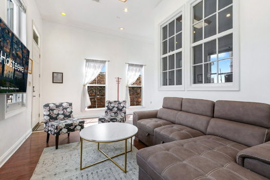 Picture 3 of 4 bedroom House in New Orleans