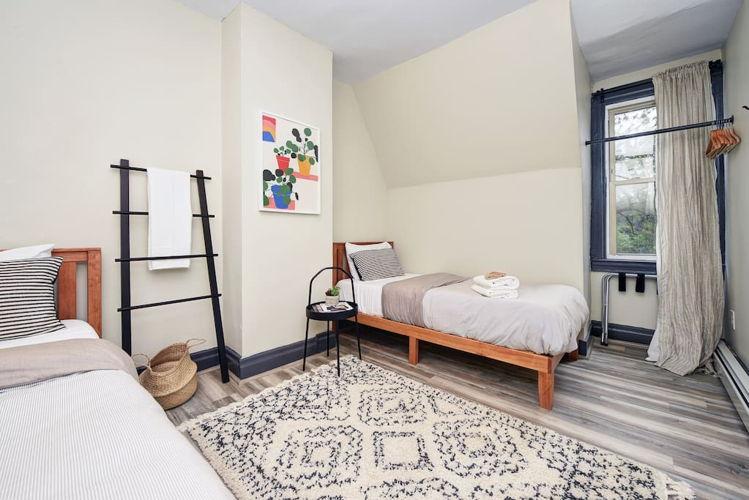Bedroom yyyekk photo thumbnail