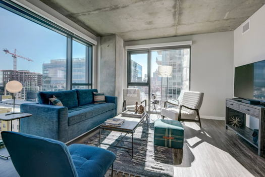 Picture 12 of 3 bedroom Apartment in Denver